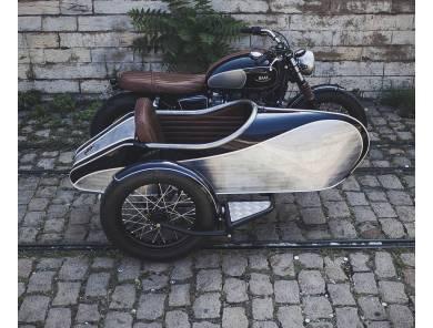 Triumph Bonneville 865...